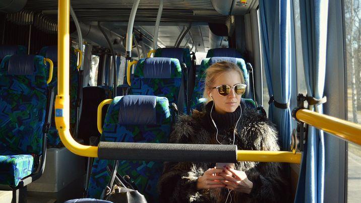 bus-2531578_960_720